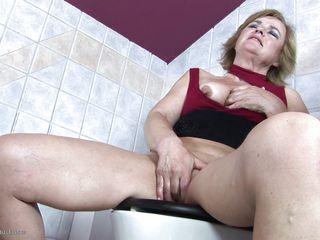 Грудастая жена порно