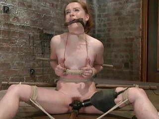 Порно бдсм госпожа трахает раба