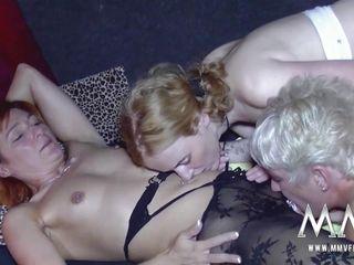 Порно зрелые немецкие жопы
