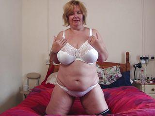 Смотреть порно онлайн зрелые мамочки