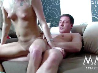 Любительское секс видео молодой пары