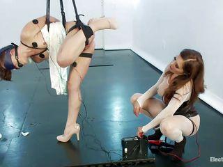 Порно госпожа и раб страпон