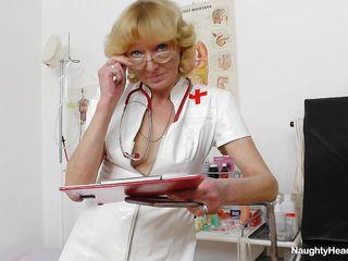 Порно сексуальная медсестра