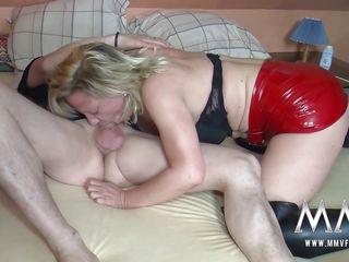 Немецкое зрелое волосатое полнометражное порно
