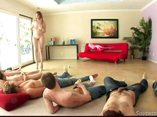 Порно мужчины дрочат член