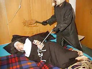 Порно фильмы про монашек