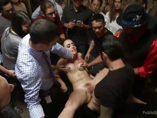 Видео вечеринка бисексуалов