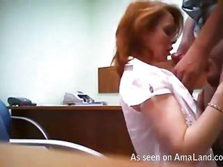 домашнее порно кончают внутрь