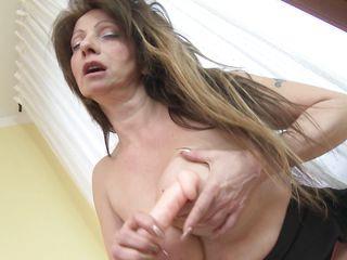 Порно со зрелыми женщинами лучшее