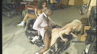 порно три негра и блондинка