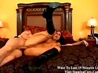 Порно трахает и шлепает