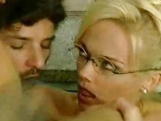 Порно толстушки двойное проникновение онлайн