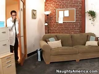 Порно фото молодых секретарш