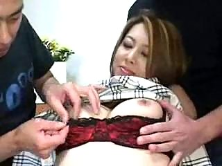 Порно показать женскую дырку откуда писают