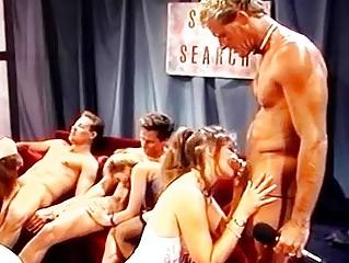 Порно фильмы со шлюхами