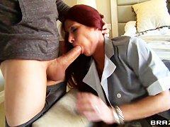 Ноги служанки порно