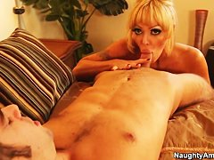 секс фото зрелая домработница фото