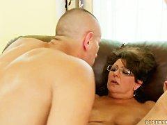 Порно толстушки зрелые мамки