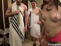 Монашки лесбиянки видео
