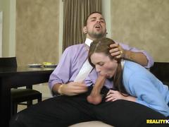 Секс мужчина трахает толстую женщину