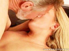 Порно онлайн старых старушек