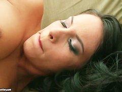 Порно черная проститутка в сауне