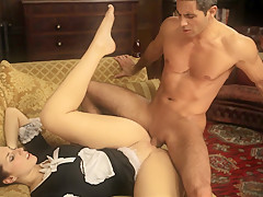 Трахнул домработницу порно фото