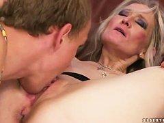 Порно соски пожилые женщины