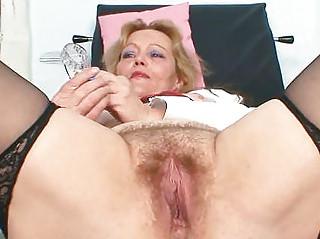 Порно со зрелыми дамами hd