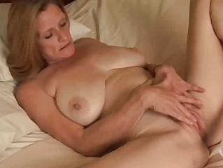 Онлайн порно мастурбация зрелых