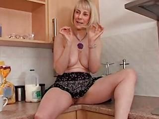 Порно видео зрелые полные дамы