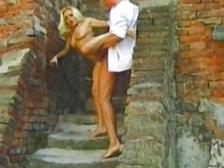 Секс на улице фото